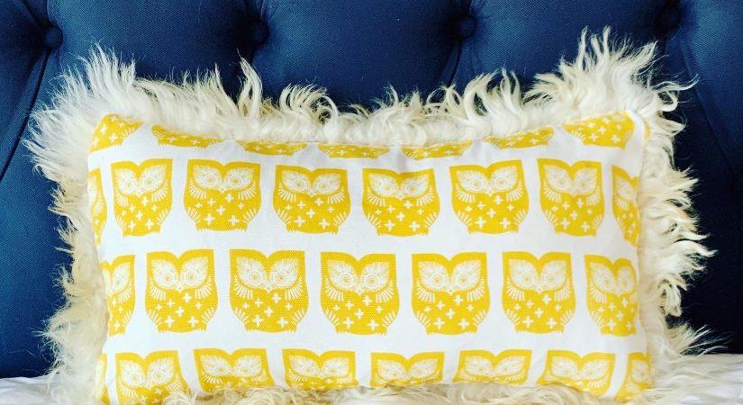 6 Sheepskin Home Decor Ideas |Copia Cove Icelandic Sheep and Wool Sheepskin Pelt Pillow Home Decor